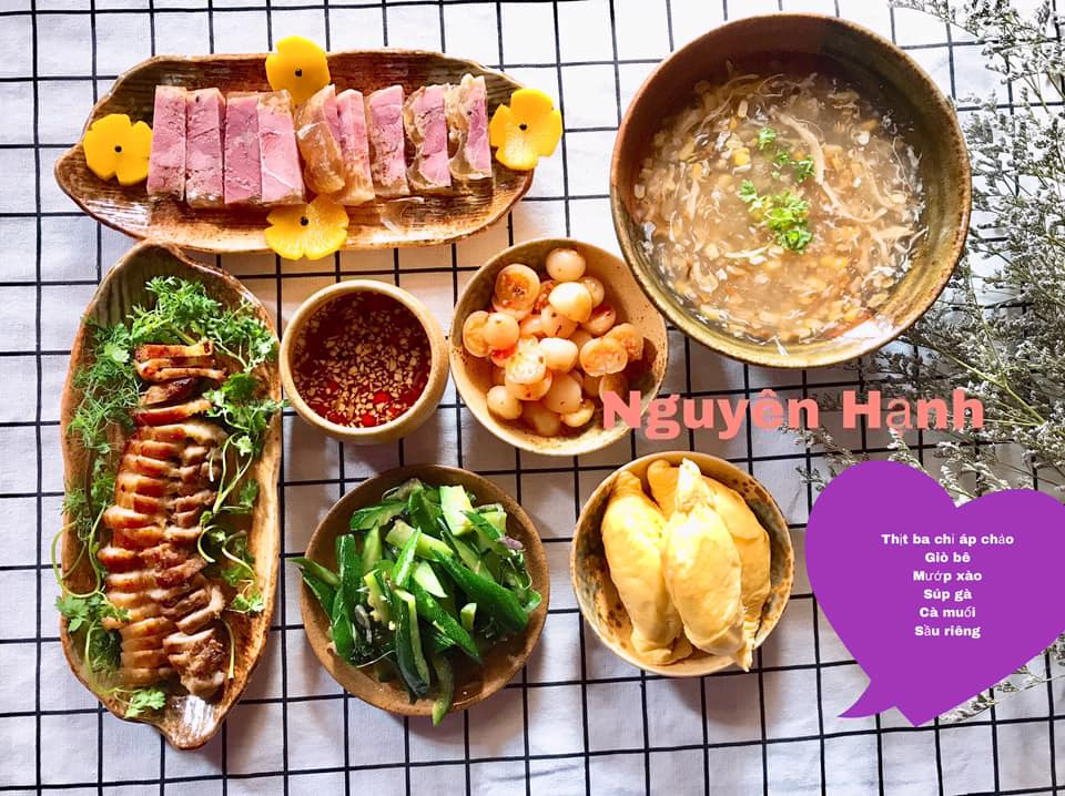 Thịt ba chỉ áp chảo, giò bê, mướp xào, súp gà, cà muối