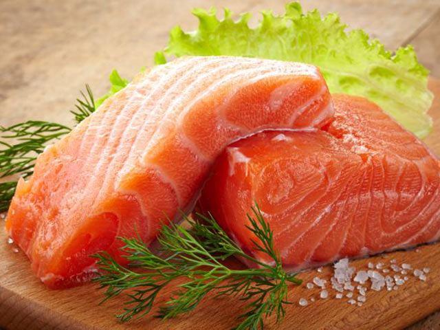 Cá hồi nhiều omega 3 giúp trẻ thông minh hơn