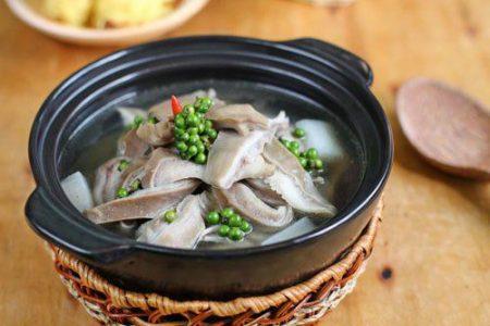 Món ăn với t iêu xanh