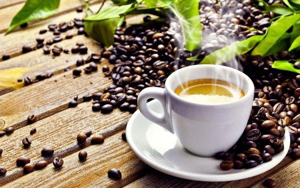 Cafe uống lúc đoi bụng cũng rất nguy hiểm