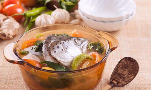 Nhiều gia đình Việt ưa chuộng món canh cá cho bữa cơm hàng ngày